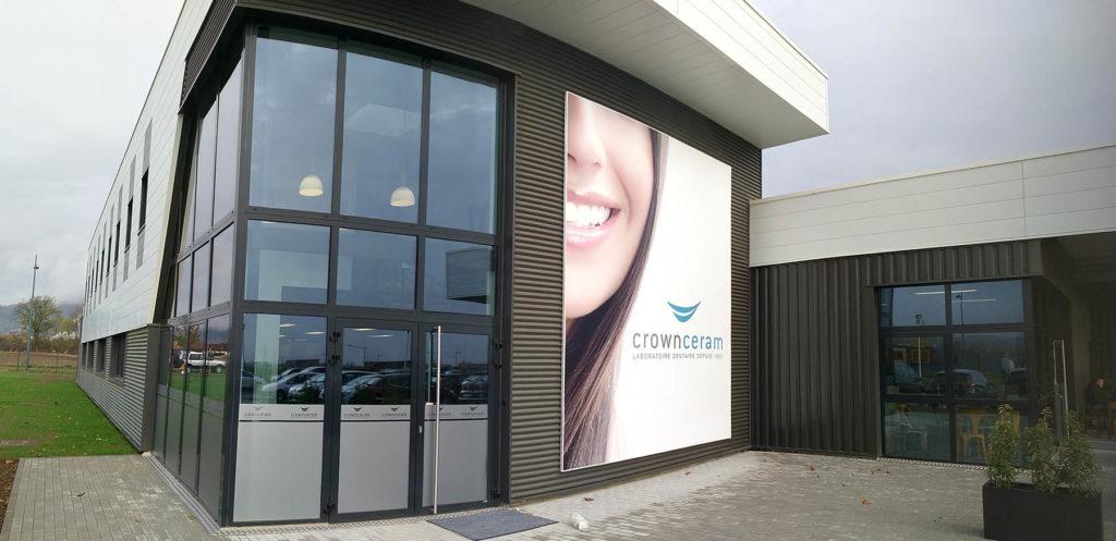 Laboratoire de prothèses dentaires Crown Ceram - Image page d'accueil